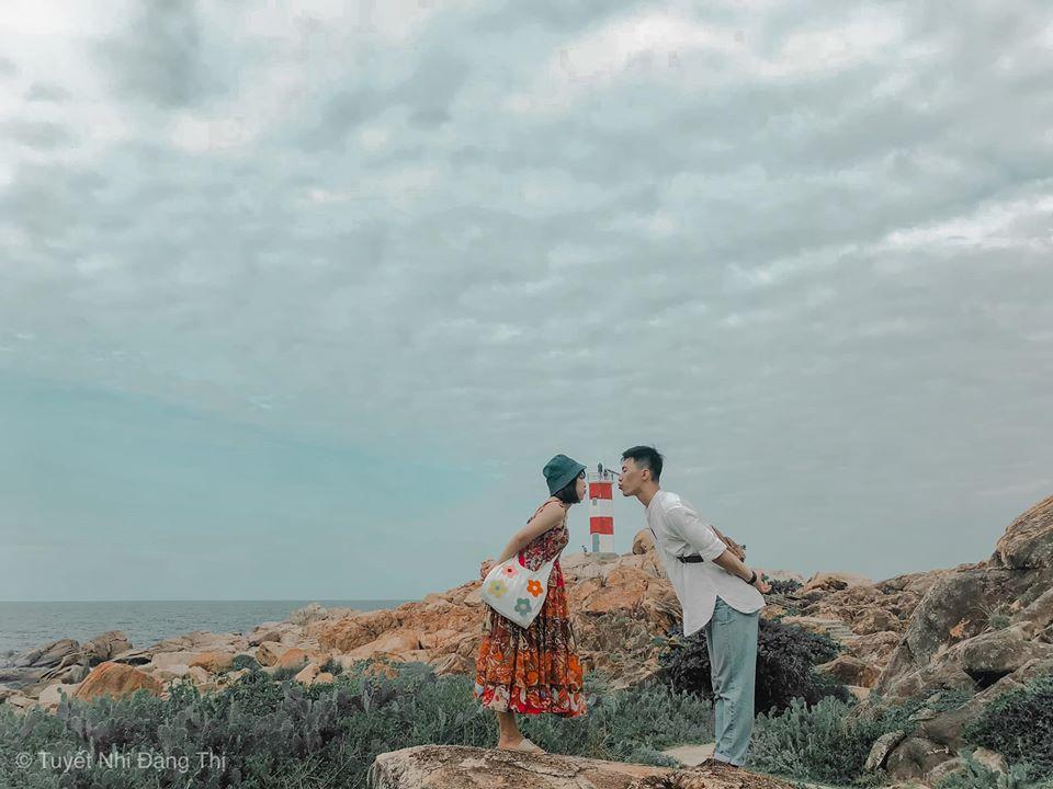 Review Quy Nhơn - Phú Yên tôi thấy hoa vàng trên cỏ xanh